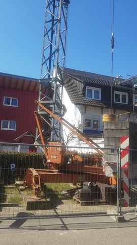 Baukran Peiner 25m Ausladung Tragkraft: Kleinanzeigen aus Rheinhausen - Rubrik Geräte, Maschinen