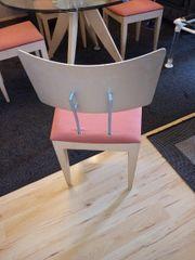 Runder Glastisch mit 4 Stühle