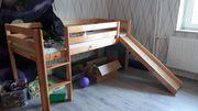Halbhohes Kinderbett