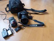 FUJIFILM Kleinbildkamera FINEPIX S100FS