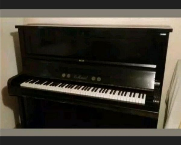 Klavier von Carl Mand