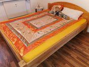 2 Holz Betten massiv