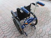 Rollstuhl mit elektrischem Antrieb