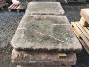 Alte Bodenplatten aus Sandstein Sandsteinplatten