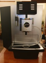 Jura X8 Platin Kaffeevollautomat Gastromaschine