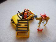 Playmobil Ralleywagen Feuerwehrauto Flugzeug und