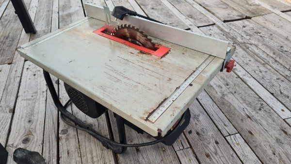 Tischkreissäge 210 mm Blattdurchmesser