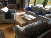 Wohnzimmer- Couchgarnitur mit Sessel