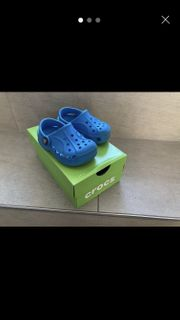 Kinder Crocs Gr 20 21