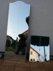 Spiegel aus Kleiderschrank