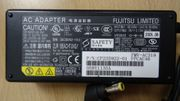 Netzadapter Fujitsu