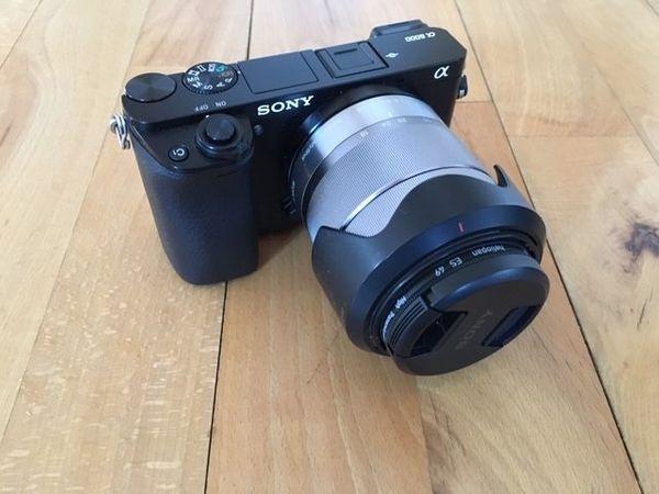 Sony Alpha 6000 mit Zubehör