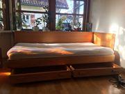 Bettcouch mit Ausziehfächern