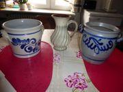 Steinguttöpfe verschiedene viele Keramiktöpfe Tontöpfe
