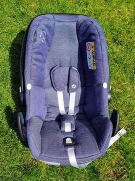 Maxi Cosi Rock i-Size Babyschale: Kleinanzeigen aus Weinheim - Rubrik Autositze