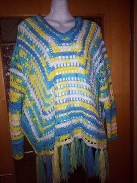 Damen Poncho Pullover selbstgehäkelt