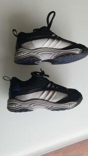 Neu Adidas Sportschuhe Gr 25