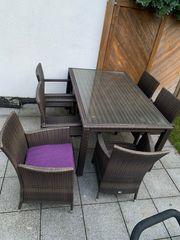 Schönes Gartenmöbel aus Rattan mit