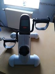 Hometrainer - speziell nach Hand - Knie