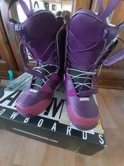 SALOMON Snowboard Boots 39 40