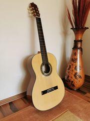 Konzertgitarre 4 4