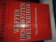 Buch über Waffen des 2
