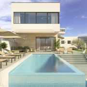 Schlüsselfertige Villa ENTICE mit Pool