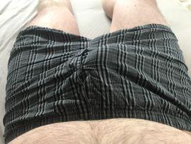 Getragene Wäsche - Socken und Shorts wie DU
