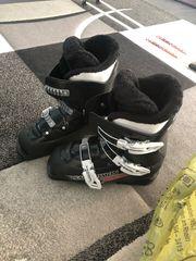 Skischuhe Größe 36 mit Handschonern