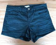 Kleiderpaket Jeans - Shorts div Farben