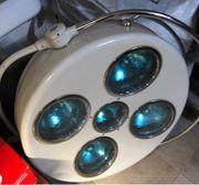 9 Stück OP-Lampen zu verkaufen