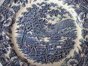Teller England mit blauer Landschaftsdarstellung