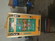 Alter Mechnischer Geldspielautomat
