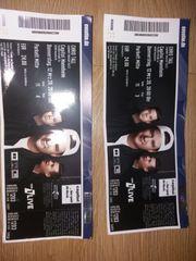 Chris Tall Tickets
