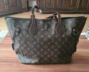 Schöne Damentasche