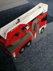 Feuerleiterwagen BRUDER SCANIA