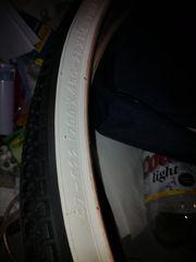 Reifen für Fahrrad neu