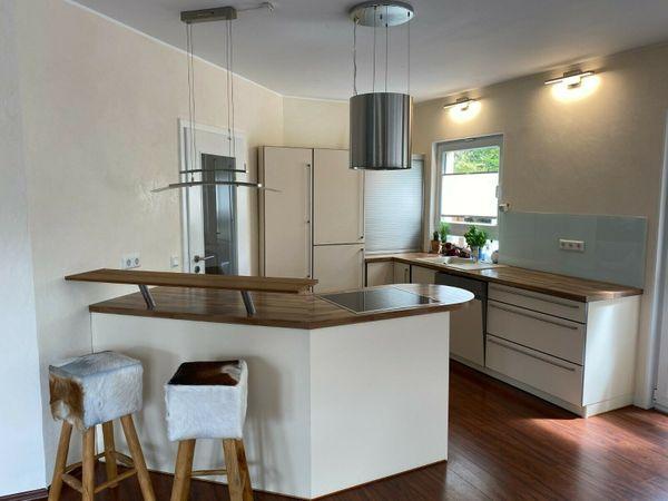 Küche gebraucht mit Elektrogeräten in