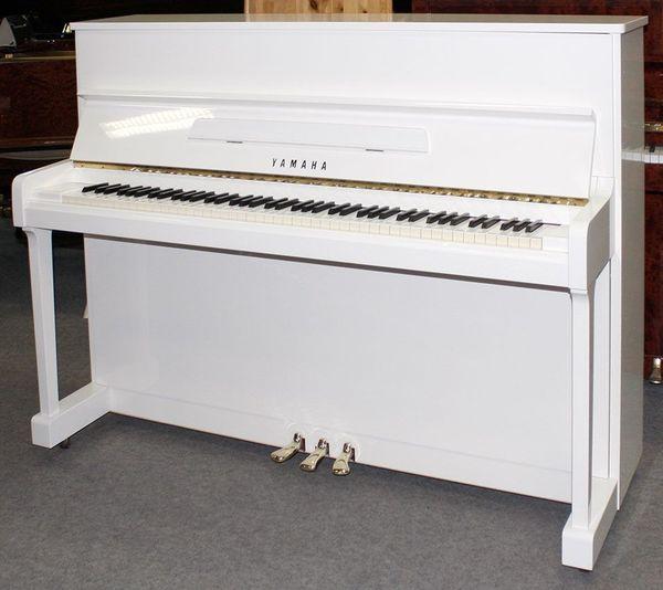 Klavier Yamaha P116 weiß poliert