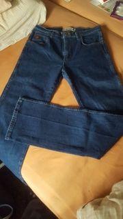 Wrangler Jeans 31 34 NEU