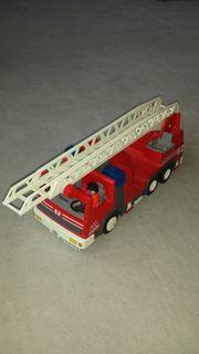 Weihnachtsgeschenk Playmobil Feuerwehrauto