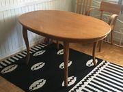 Tisch aus Kirschholz