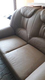 Couch Garnitur in Kunstleder
