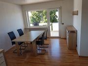Möbliertes Zimmer 31qm