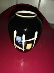 Vase Porzellan mit japanischen Schriftzeichen