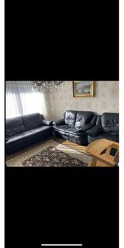 Leder Couchgarnitur inkl Teppich als