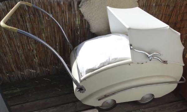 Antiker schöner Kinderwagen Helvetia 50er