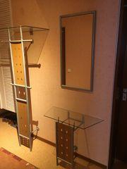 Garderobe mit Ablage und Spiegel