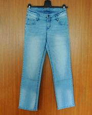 Diverse Damen Jeans Gr 36