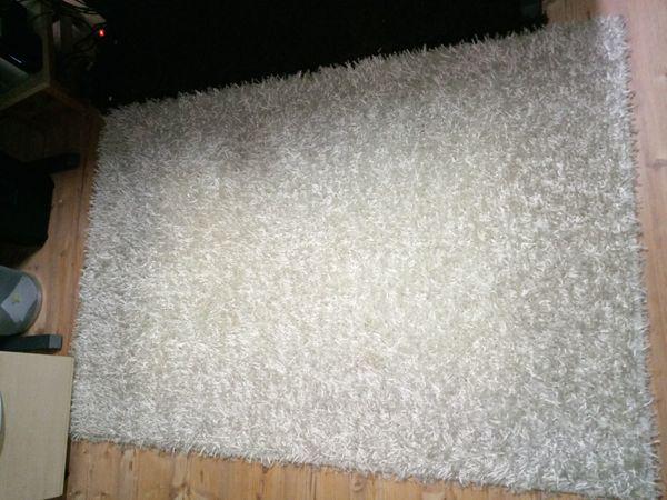 weißen Teppich Spagehtti